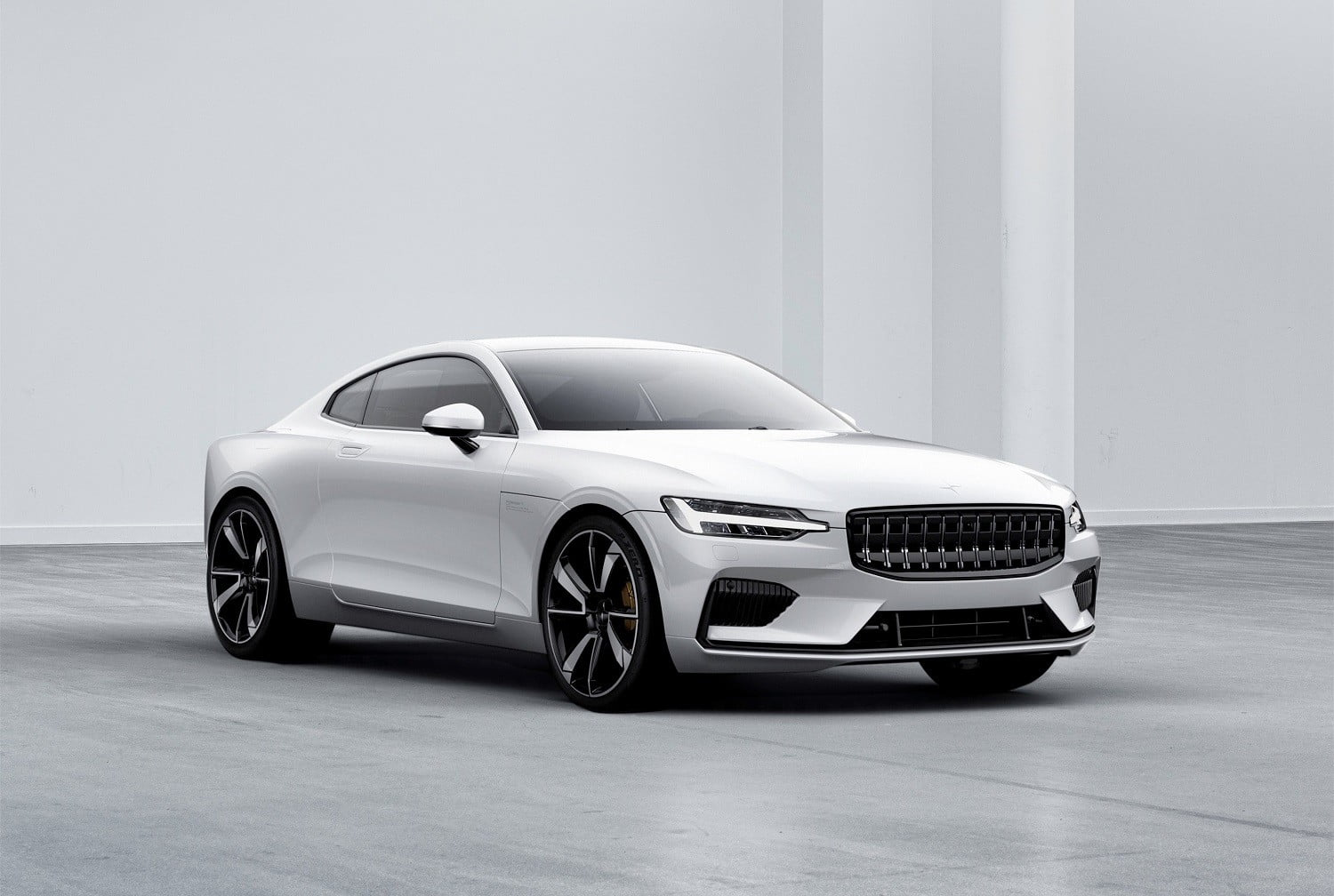 Polestar will release a competitor Tesla model 3 in 2019 25