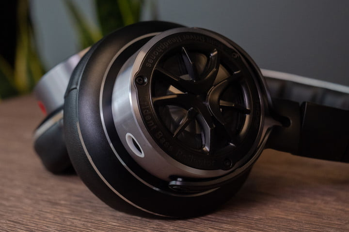 1More Triple Driver Over-ear headphones review
