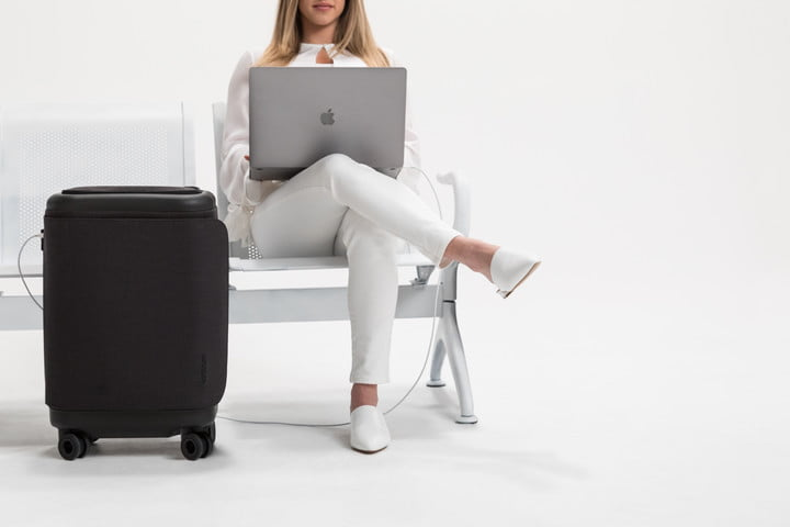 incase proconnected 4 wheel hubless roller smart luggage blends high design with large capacity battery lifestyle 0162