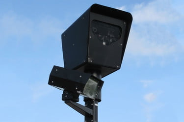 Why Red-Light Cameras are More About Money Than Safety | Digital Trends