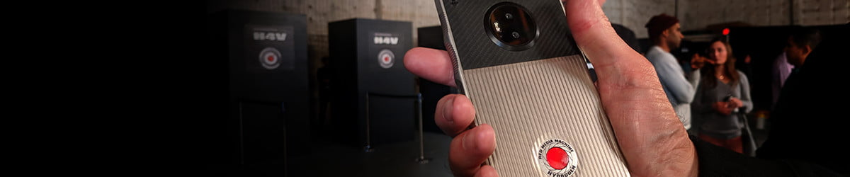 The 'holographic' RED Hydrogen One phone is unlike any other, and we tried it