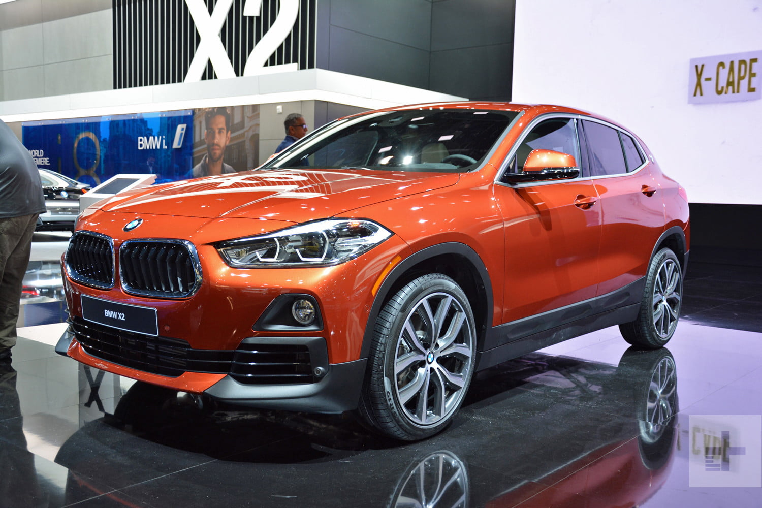 2018 BMW X2 Design Insight, Technology and Interior Features ...