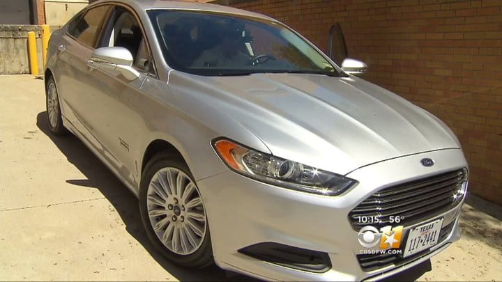 Sniffing Ford Fusion Energi Phev Pictures Specs Unt