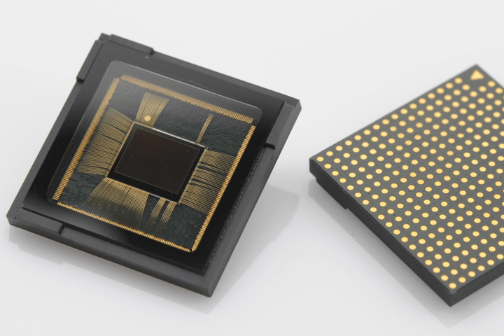 This is the super dual pixel camera sensor inside your flashy new Galaxy S7