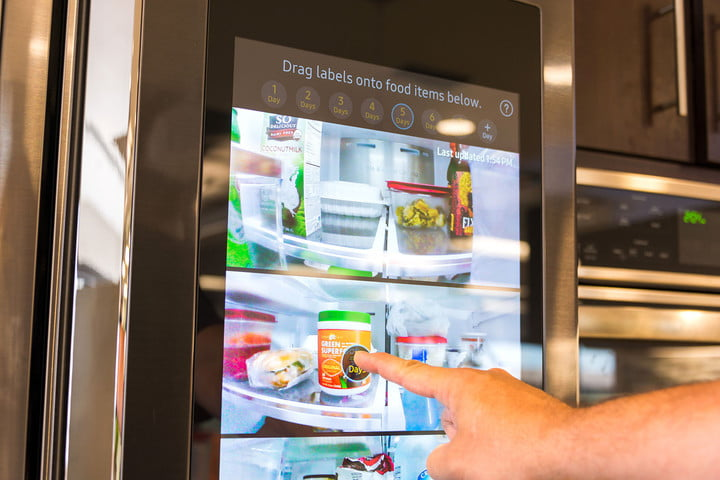 the smart home gets connected at ces 2017 samsung family hub fridge 001