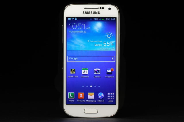 Samsung-Galaxy-S4-Mini-home-screen-2