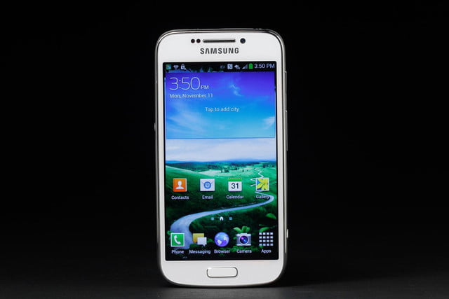Samsung-Galaxy-S4-Zoom-home-screen
