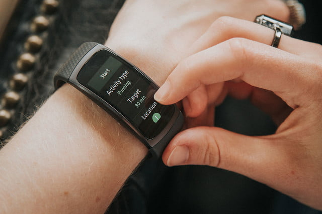 samsung gear fit 2 review digital trends