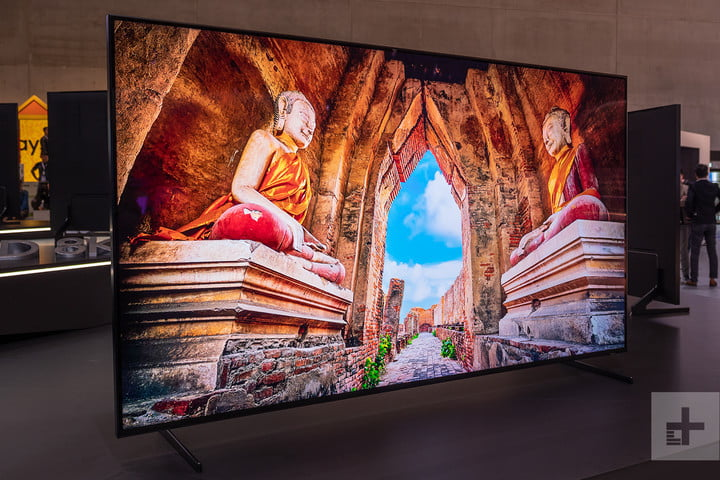 Don't hate. Samsung's first 8K TV dazzles even without 8K content