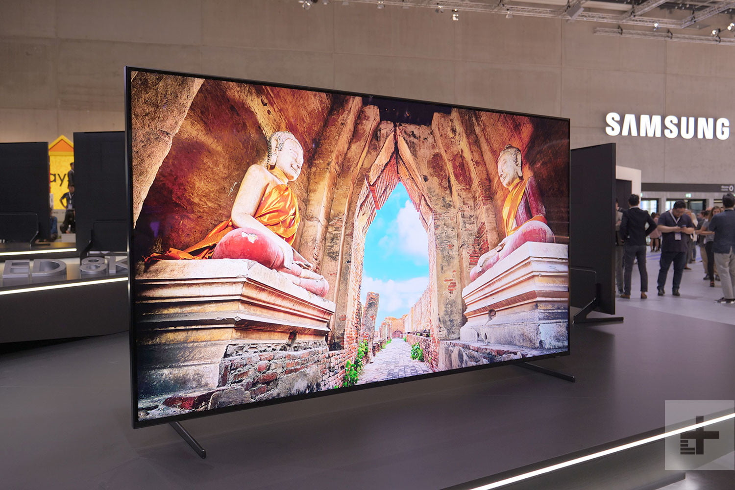 Samsungs 85 Inch Q900r 8k Qled Now Available For Pre Order