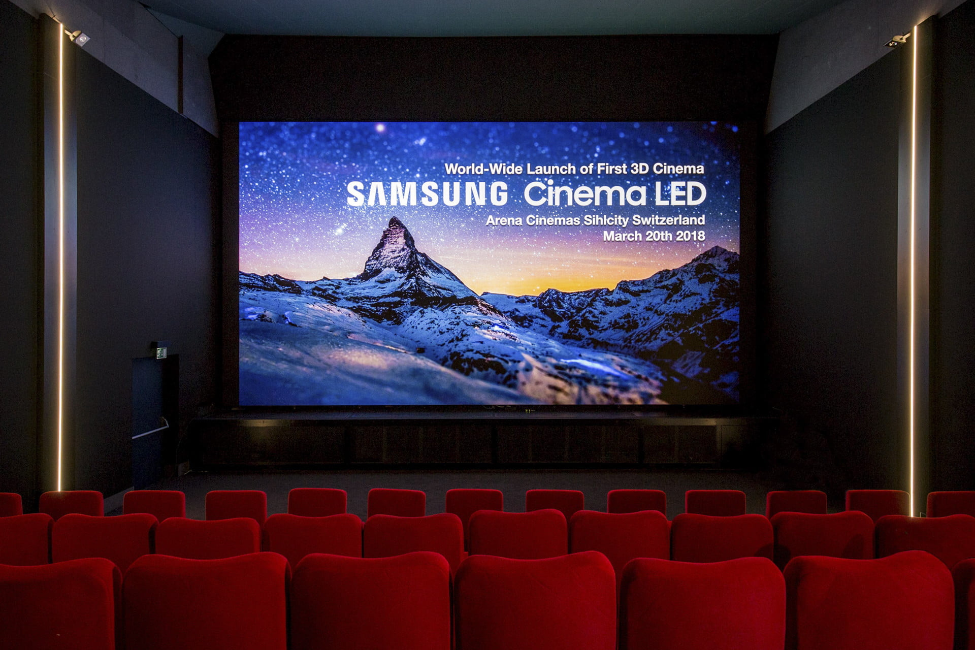 Samsung S 34 Foot Onyx Led Tv Could Change Movie Theaters
