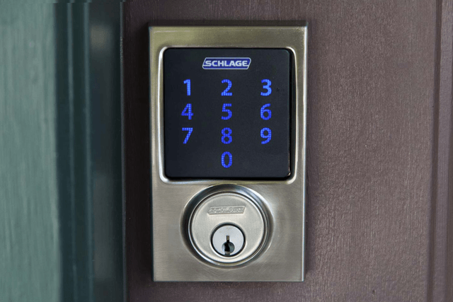 schlage connect touchscreen deadbolt with alarm be469nx door