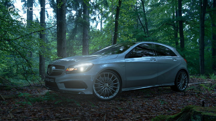 how gran turismo sport makes cars look awesome with hdr screen gts mercedes benz a 45 amg 4matic 2013 01