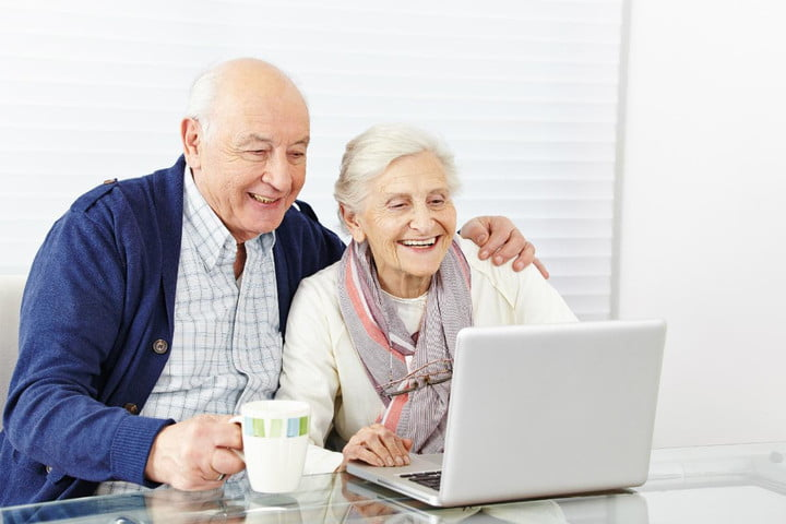 social media isnt just for youngsters anymore new research finds senior citizen internet