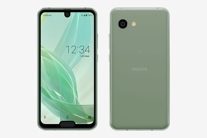 Sharp doubles down on the notch trend with Aquos R2 Compact