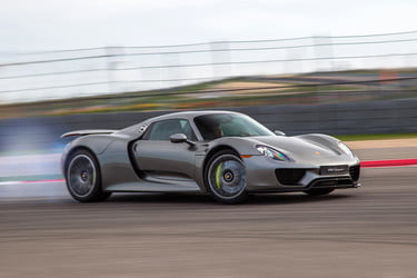 Fastest Accelerating Cars To 60 mph (2018) | Top 10, Performance