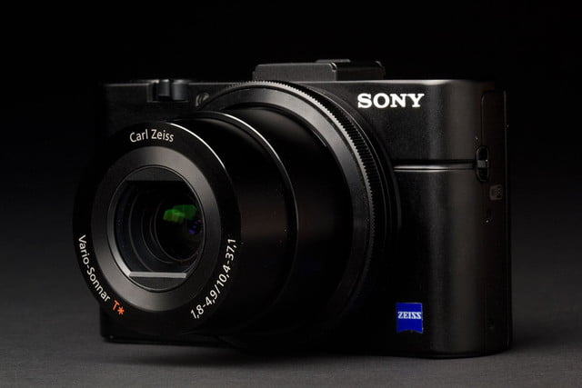 Sony Cyber shot RX100 II right side zoom angle