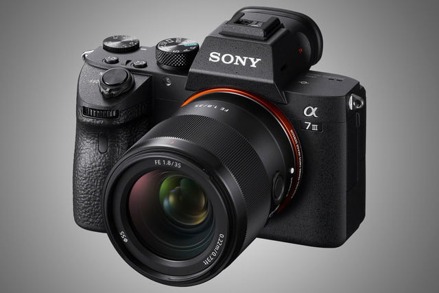 sony fe 35mm f18 lens news