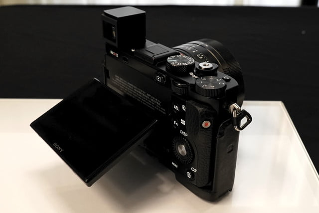 sony cyber shot rx1r 2 rx1r2 preview 8