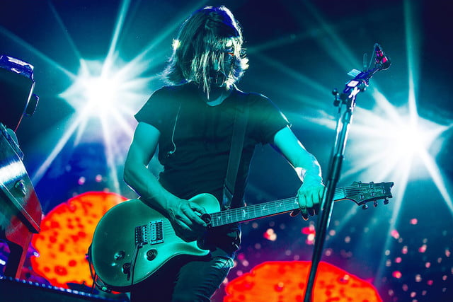 Steven Wilson dramatic color stage