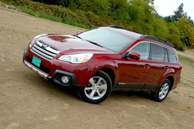 2013 subaru outback front right side angle