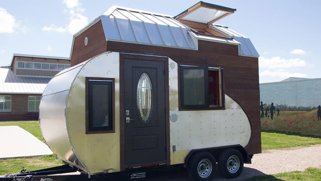 tiny drop home on wheels tend building