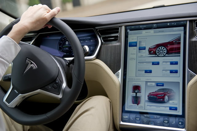 Tesla screens may support YouTube with next software update
