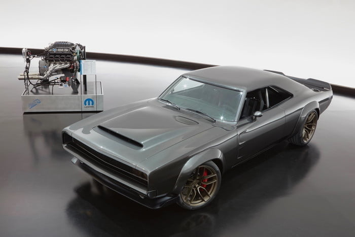 Dodge Super Charger and Hellephant V8 engine