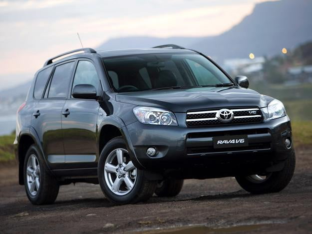 Toyota recalls RAV4, Lexus HS250h for suspension defect | Digital Trends