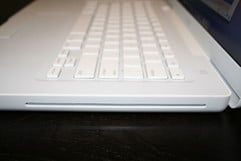 Apple MacBook 2.0GHz Review