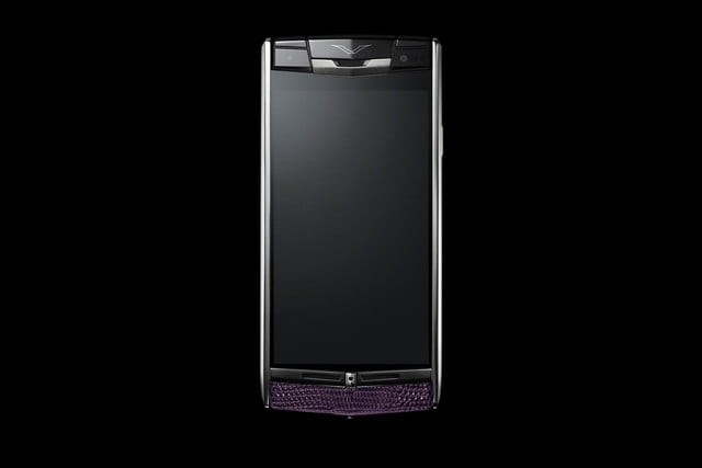 Vertu Signature Touch review front