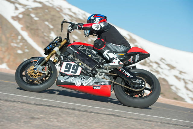 victory motorcycles empulse rr takes first at pikes peak