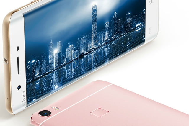 vivo xplay 5s news 5 close