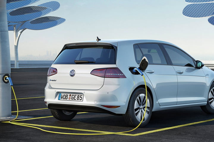 Vw Electric Car Paris 300 Mile Range Volkswagen E Golf 1200x798