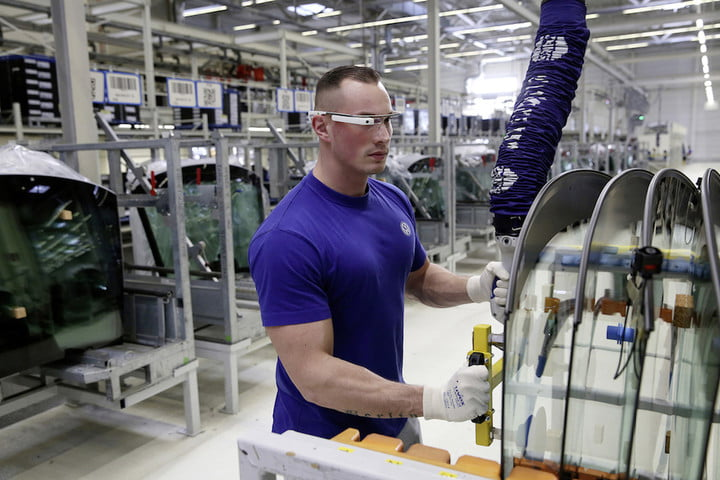 Volkswagen staff appear to be using Google Glass at work