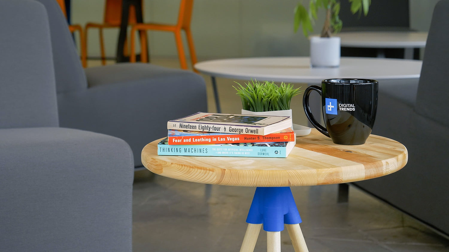 Make this 3D-printed side table, even without a 3D printer