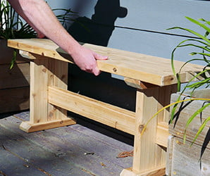 This Japanese-style bench is easy to build and supports butts of all sizes