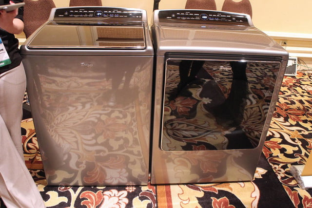 Whirlpool Smart Washer and Dryer 1