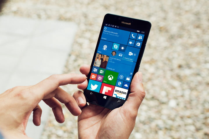 Better late than never: Microsoft rolls out Windows 10 Mobile Anniversary Update