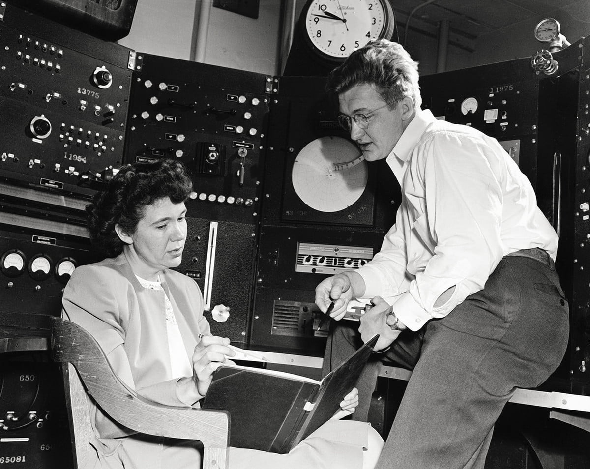Physicists Jane and David Hall in Los Alamos