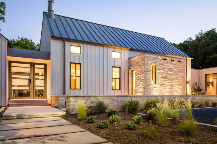 Startup's solar roof is cheaper, more efficient, and easier to install than Tesla's solar tiles