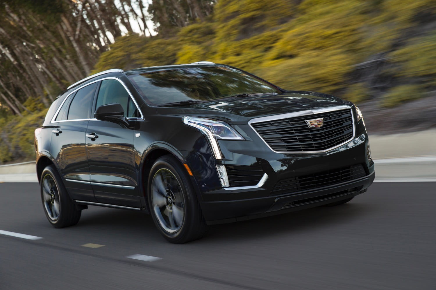 2019 Cadillac Xt5 Sport Package Debuts At 2019 Chicago Auto Show