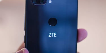 ZTE Debuts Blade V9, and Its First Android Go Phone, Tempo Go